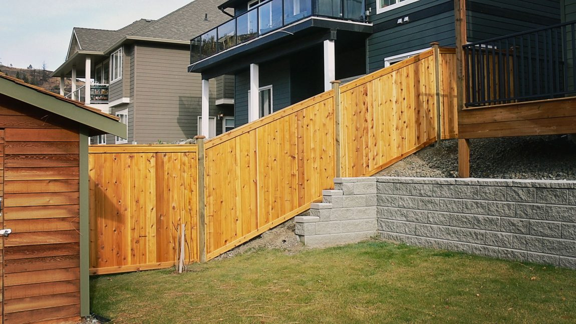 Cedar Fencing - Valleyview Lumber